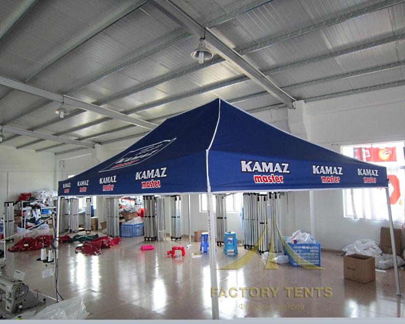 Мобильный шатер с логотипом гоночной команды Камаза