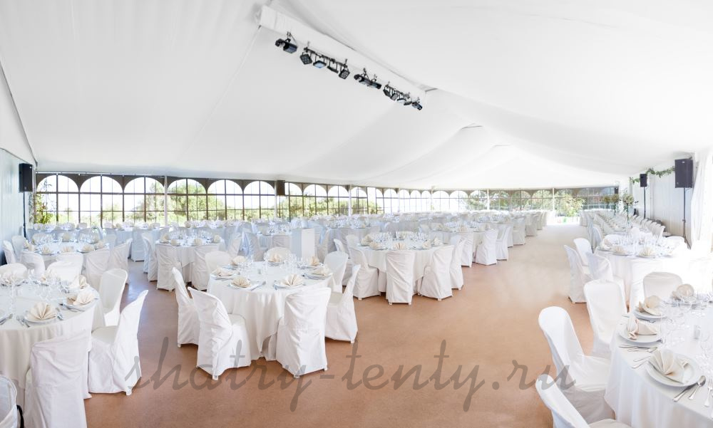 Большой белый шатер для свадьбы