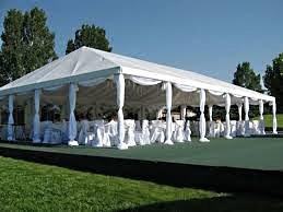четырехскатный шатер для свадьбы