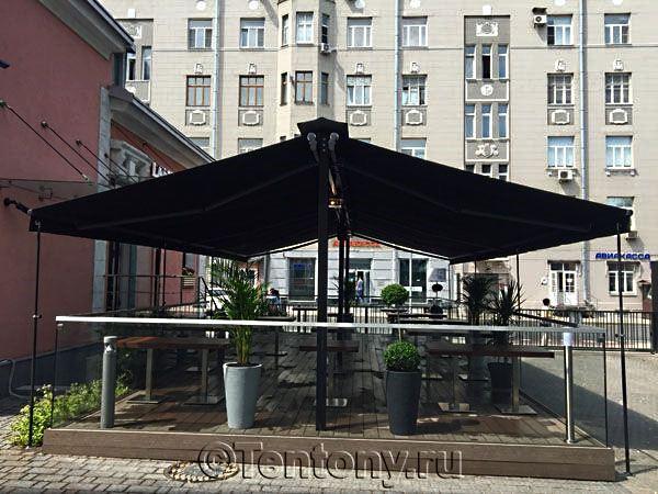 кафе под террасной маркизой компании Tentony