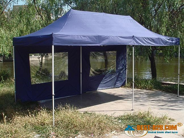 Мобильный шатер с прозрачными окнами из ПВХ