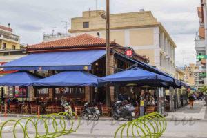 расширение существующего кафе за счет использования пристенного пространства на улице