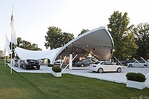 Автомобильгая выставка в каскадном шатре
