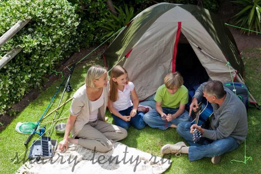 Семейный отдых летом в туристическом шатре