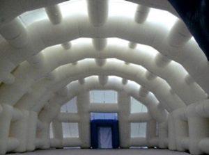 Надувной зимний шатер ВОЗДУХ-ГРУПП - вид изнутри
