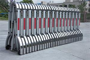 Раздвижное заграждение Паркинг-Solar в сложенном виде, Производитель: ЭкоДорСнаб Россия