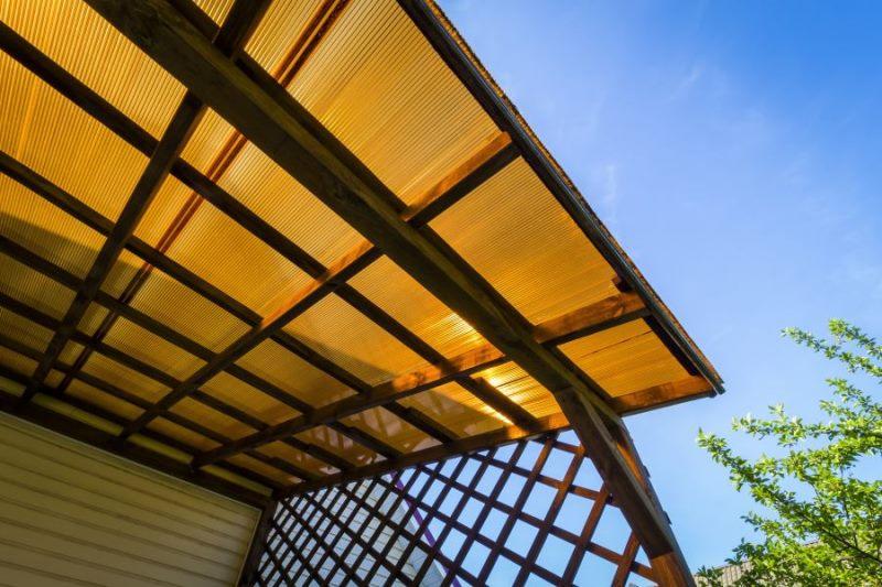 Садовые шатры с крышей из поликарбоната