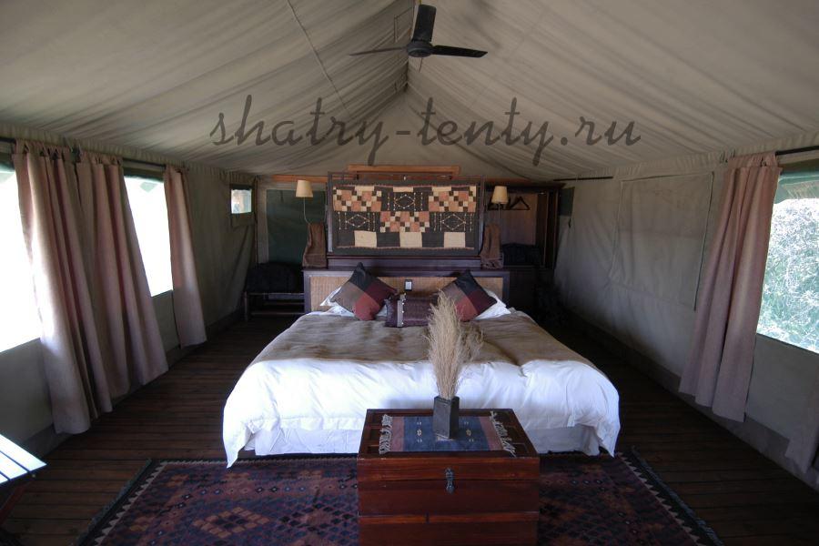 Уютная спальня в стационарном сборно-разборном шатре-тенте