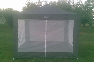 Темно-зеленый разборной-люкс шатер (тент) COLEMAN 2902 3 Х 3 м с москитными стенками