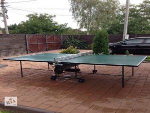 Теннисный стол Sponeta S2-72е во дворе под открытым небом