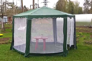Зеленый шатер Green Glade 1003 со стенками из москитной сетки
