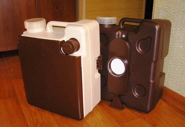 Компактный жидкостный мини-туалет Campingaz Maronum Small