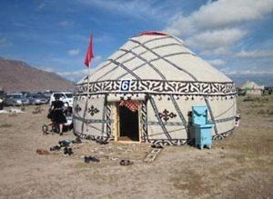 «Кыргызская 4 канат» юрта на смотровой площадке