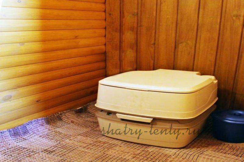 Низкий мобильный дачный туалет для детей и людей с ограниченными возможностями