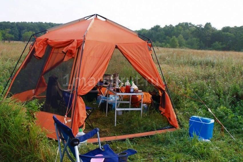 Шатер шестиугольный с москитной сеткой Mosquito orange на рыбалке