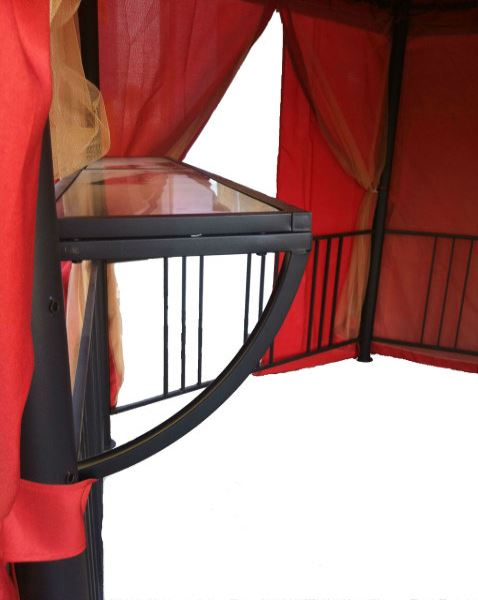 Стеклянная полка внутри садового павильон шатра с москитной сеткой BAROKKO