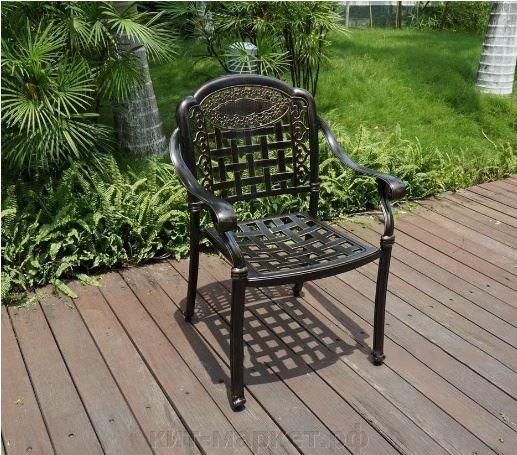 Кресло с подлокотниками из литого алюминия Gera 6