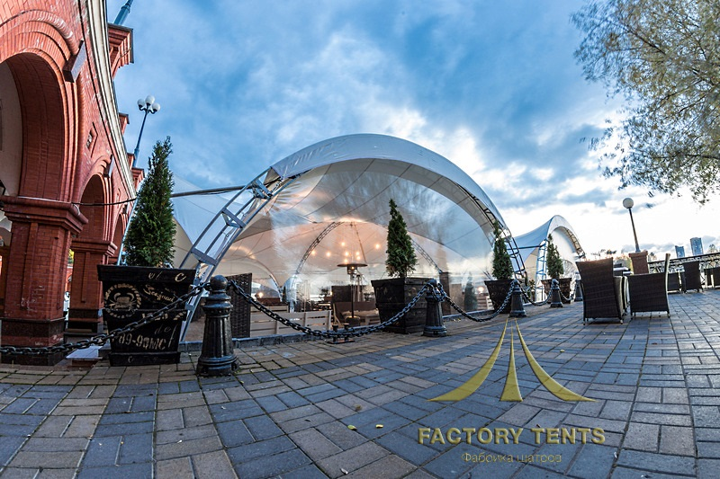 Арочный шатер ресторан на причале