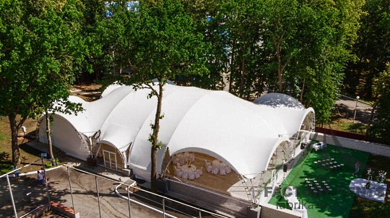 Арочный шатер для свадьбы на 150 гостей