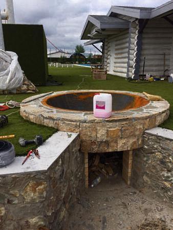 Чугунная стационарная баня полусфера на дачном участке