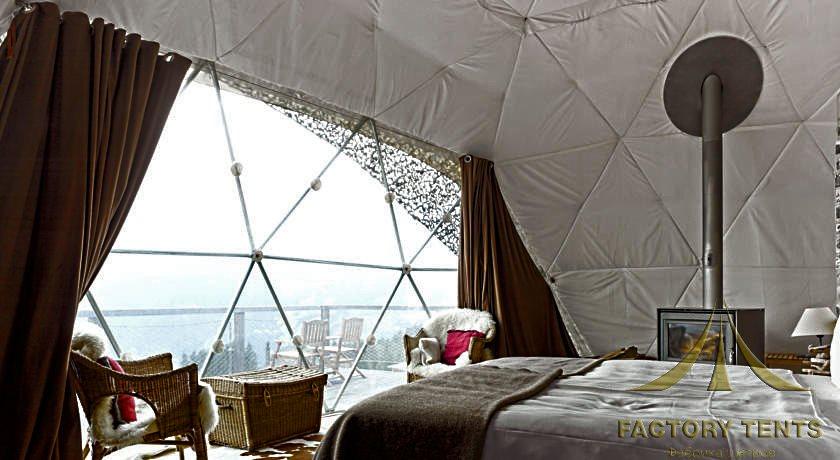 Прозрачное окно для естественного осфещения в сферическом доме шатре