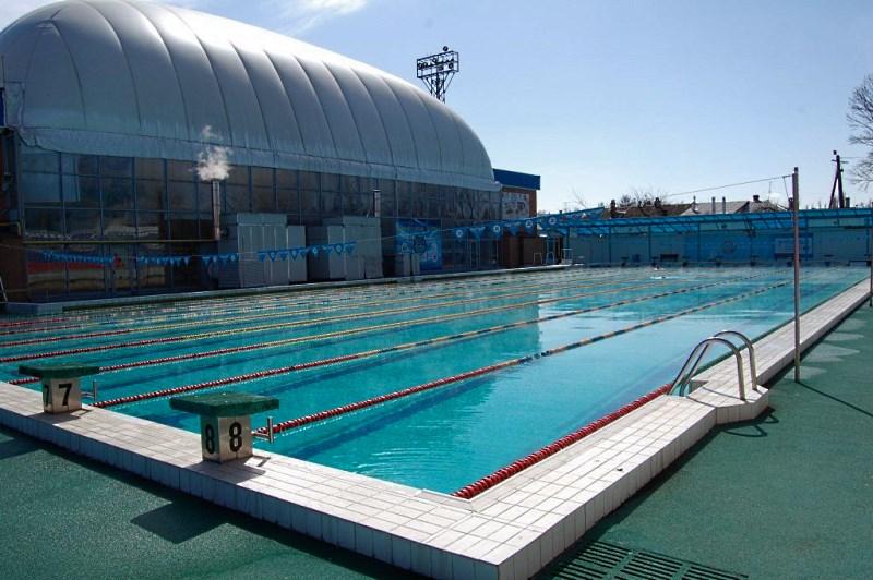 Открытый бассейн для оздоровительного плаванья