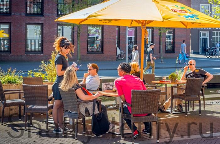 Приемы для увеличения выручки в кафе и ресторане