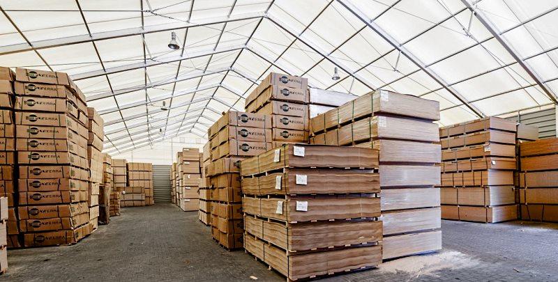 Тентовый склад для хранения строительных материалов